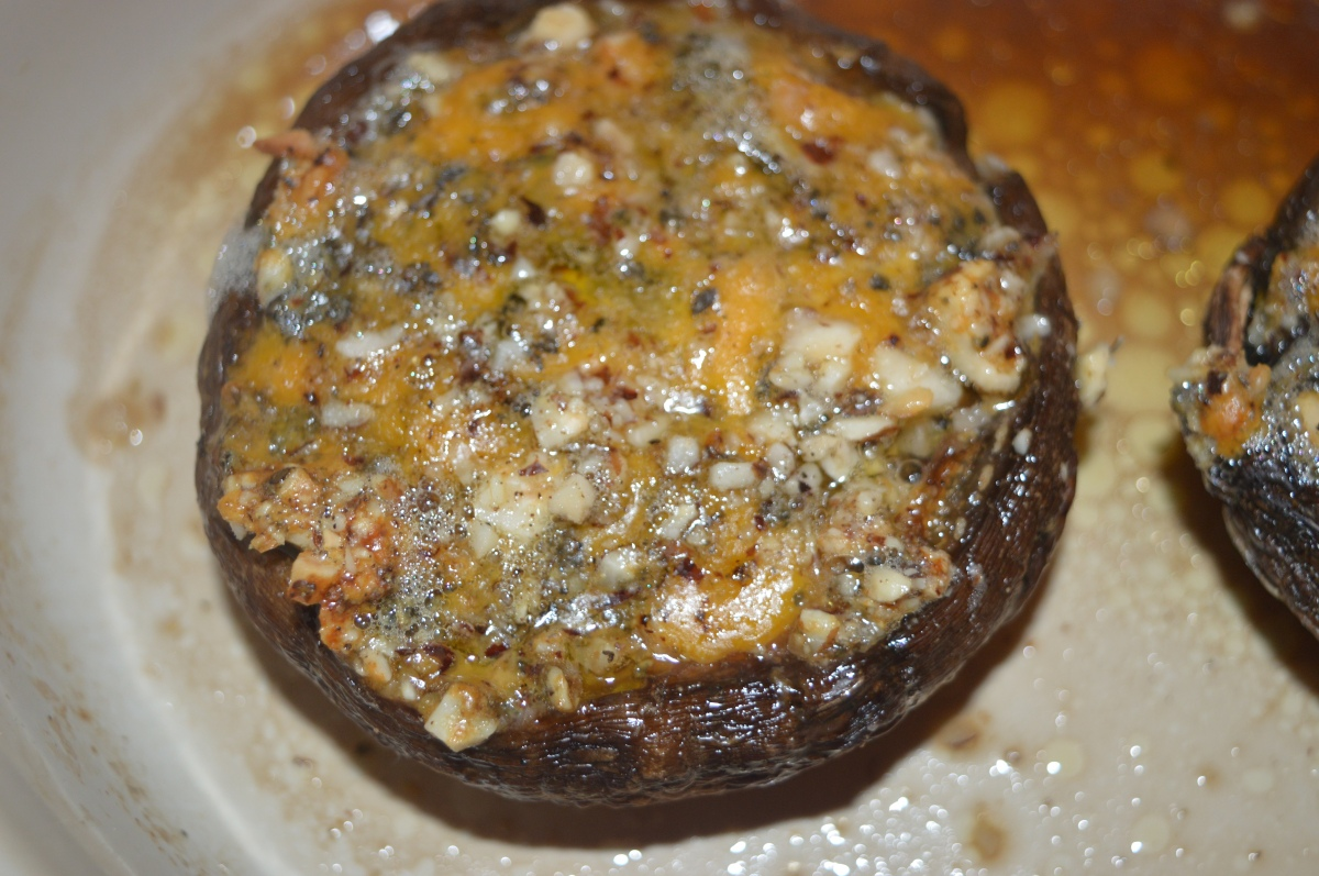 Blue cheese and hazelnut stuffed mushrooms